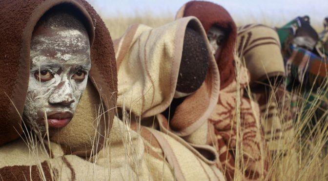 13 rites de passage étonnants dans le monde entier